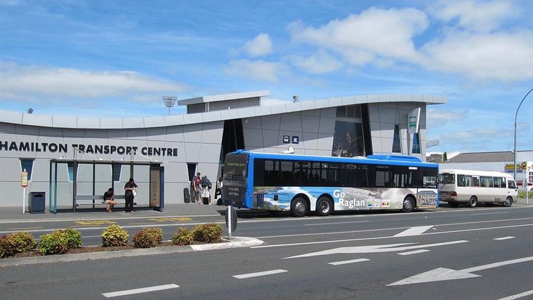 Hamilton_Transport_Centre_from_Anglesea_St
