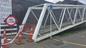 Huntly footbridge resized