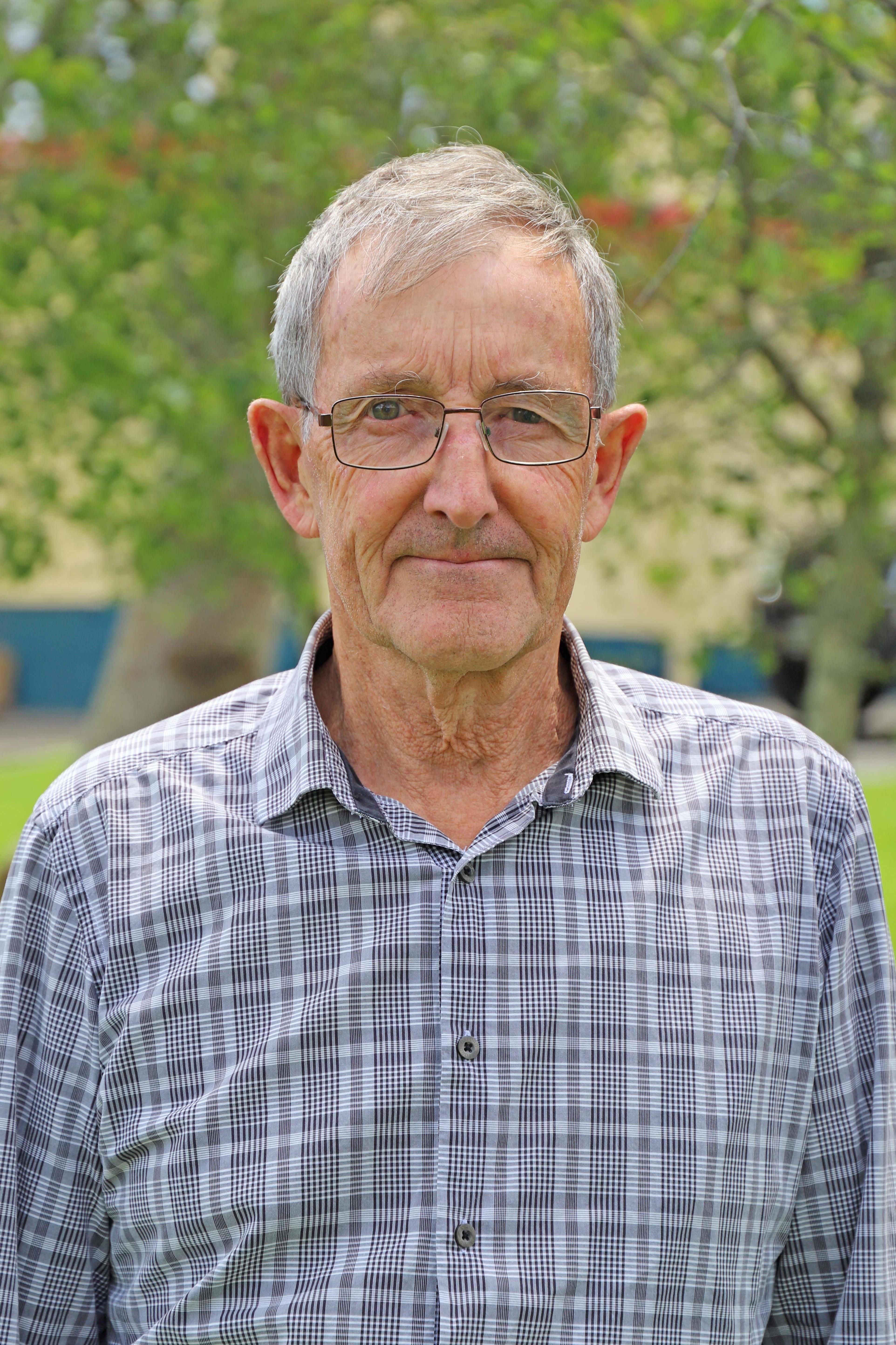 Dennis Amoore